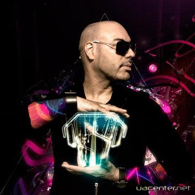 Roger Sanchez July Chart (2011)